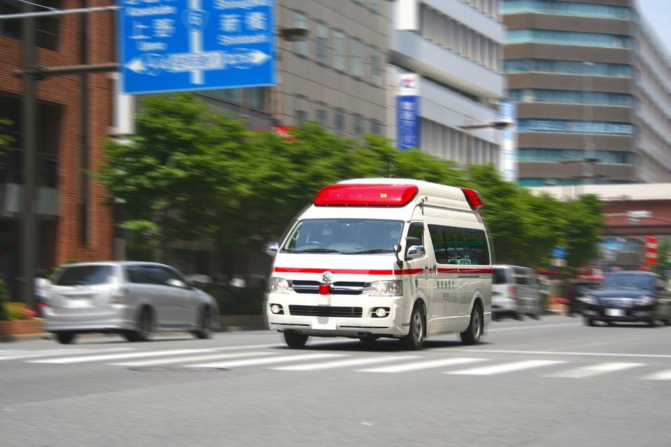 救急車で総合病院へ